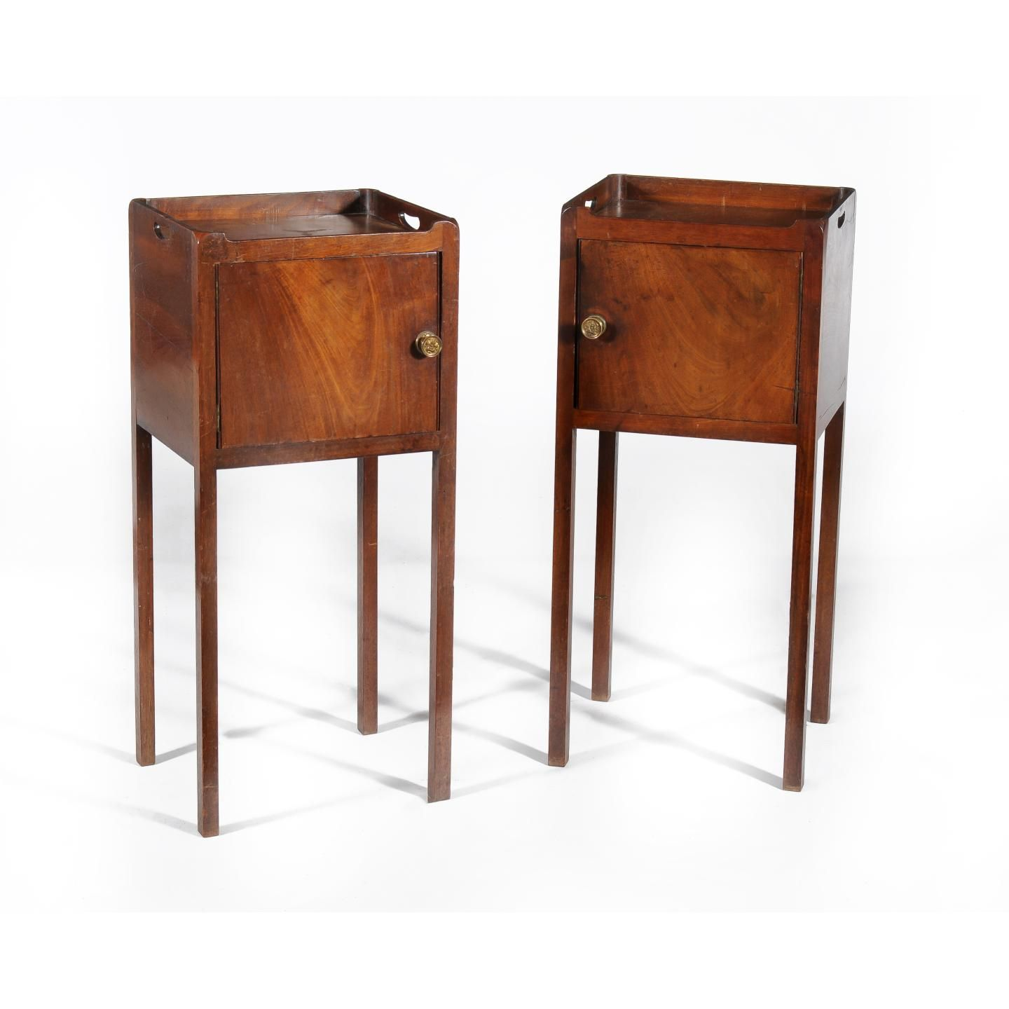 SOLD/18C PAIR OF GEORGIAN MAHOGANY BEDSIDE TABLES